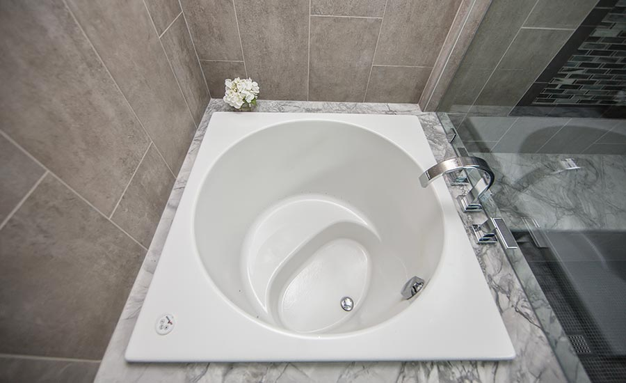 new soaking tub inspired by Japanese tradition